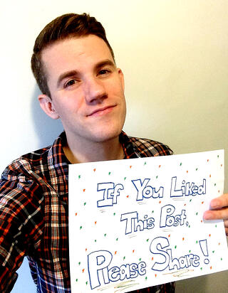 If you liked this post, please share it! [B2B Marketing Selfie]